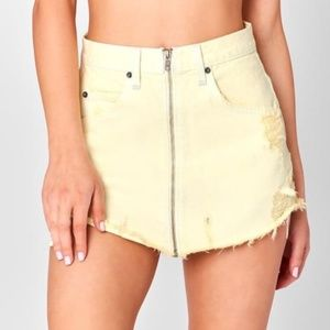 Carmar from LF Beatrice Zip Front Skirt yellow